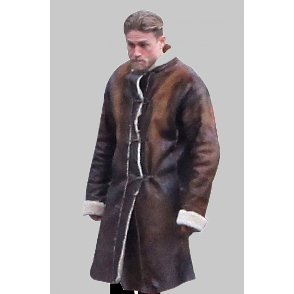knights of the roundtable king arthur charlie hunnam brown leather fur coat 2017