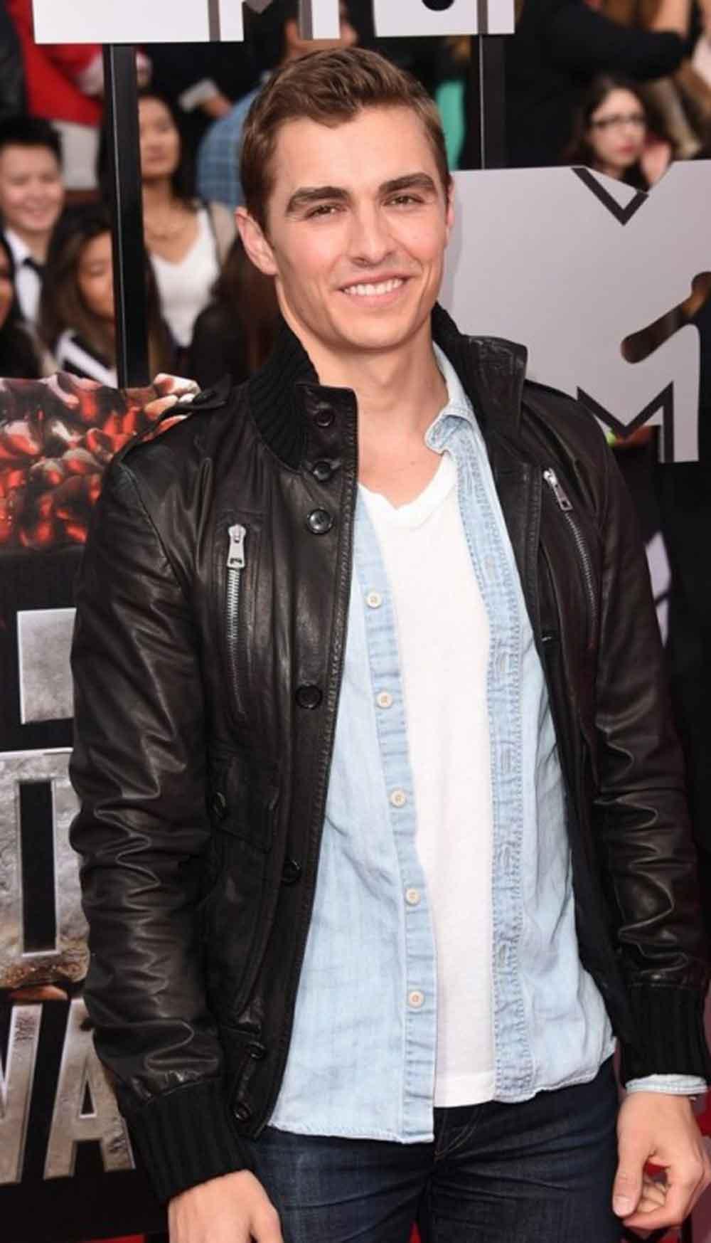 Mtv Awards Dave Franco Wearing A Stylish Jacket